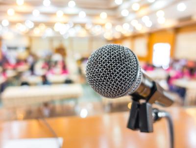 Live-Onlinevorträge anbieten und buchen